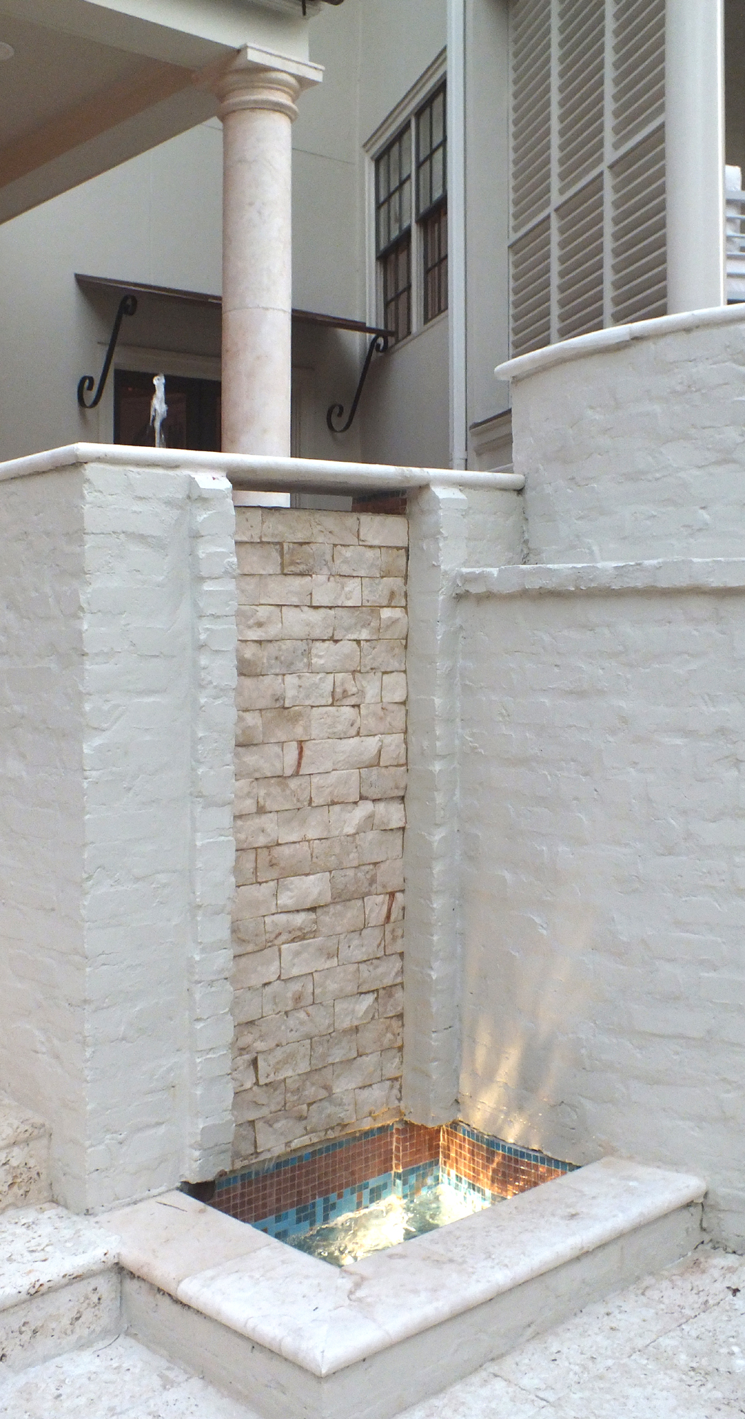 Historic District16_Beven_Lower fountain chisel face_1050x2000_DSCF1189.jpg