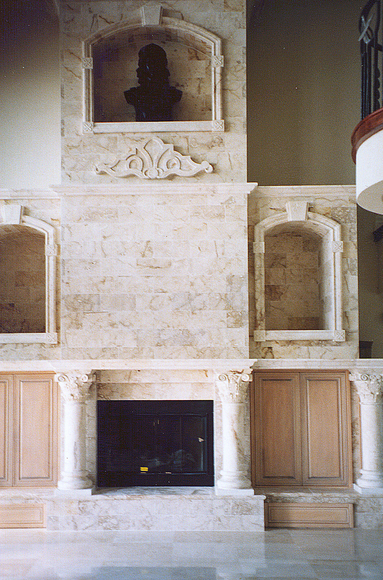 The Palais_1320x2000_Boca Ciega Bay. St. Pete. Fireplace wall. Paonessa - client  PHOTO4.jpg