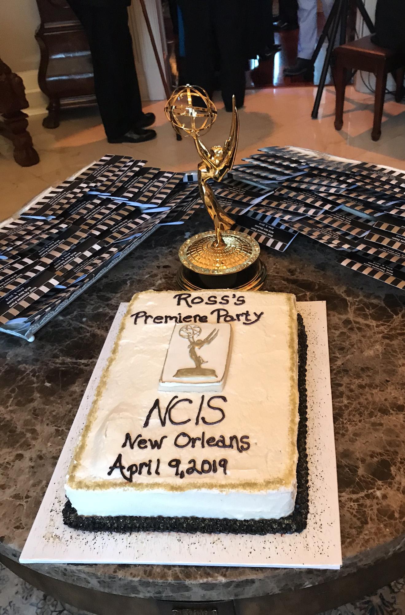 Ross_Premiere_cake_1319x2000_IMG_7914.jpg