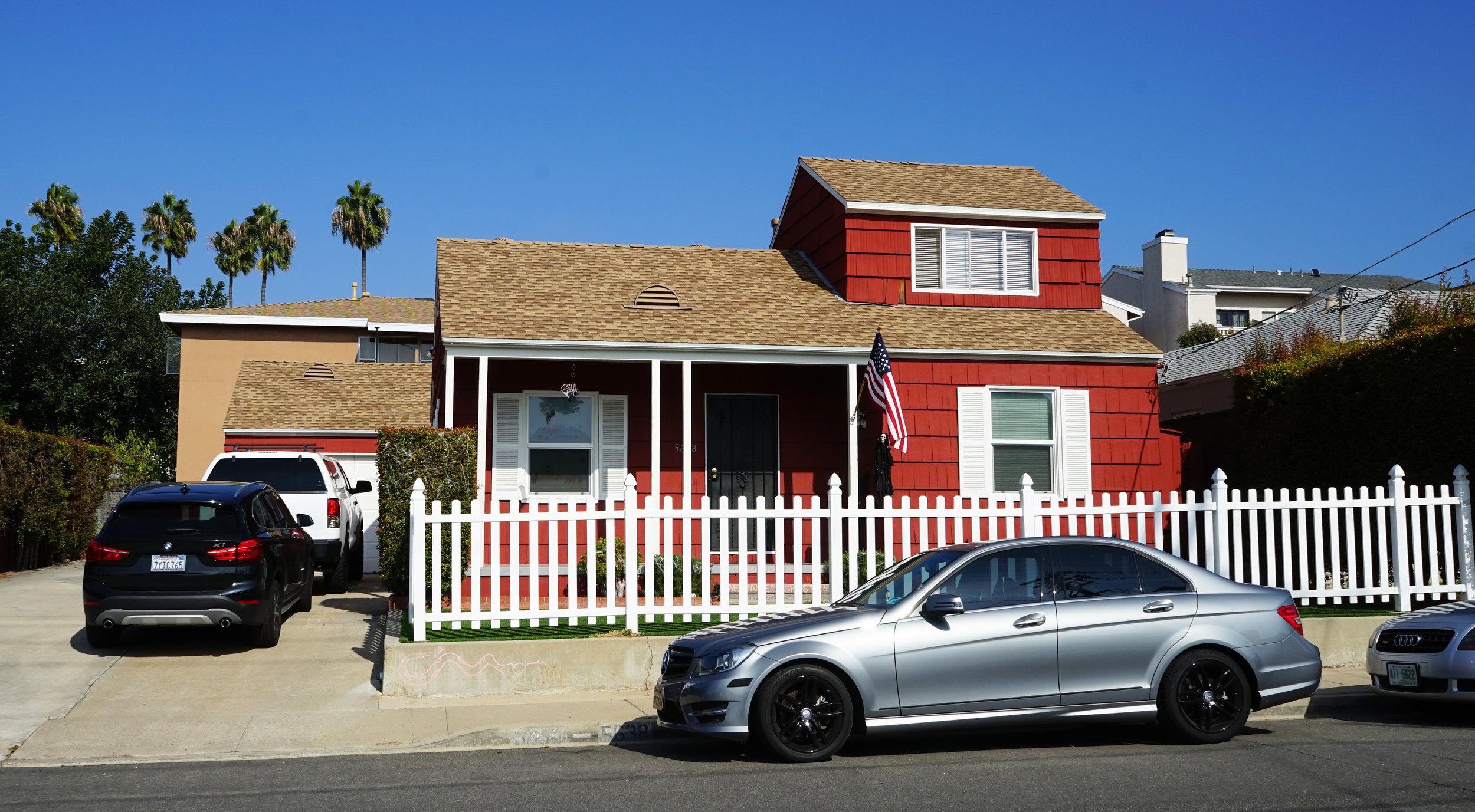 5630 Gaines Street - Morena5 Units$1,350,000