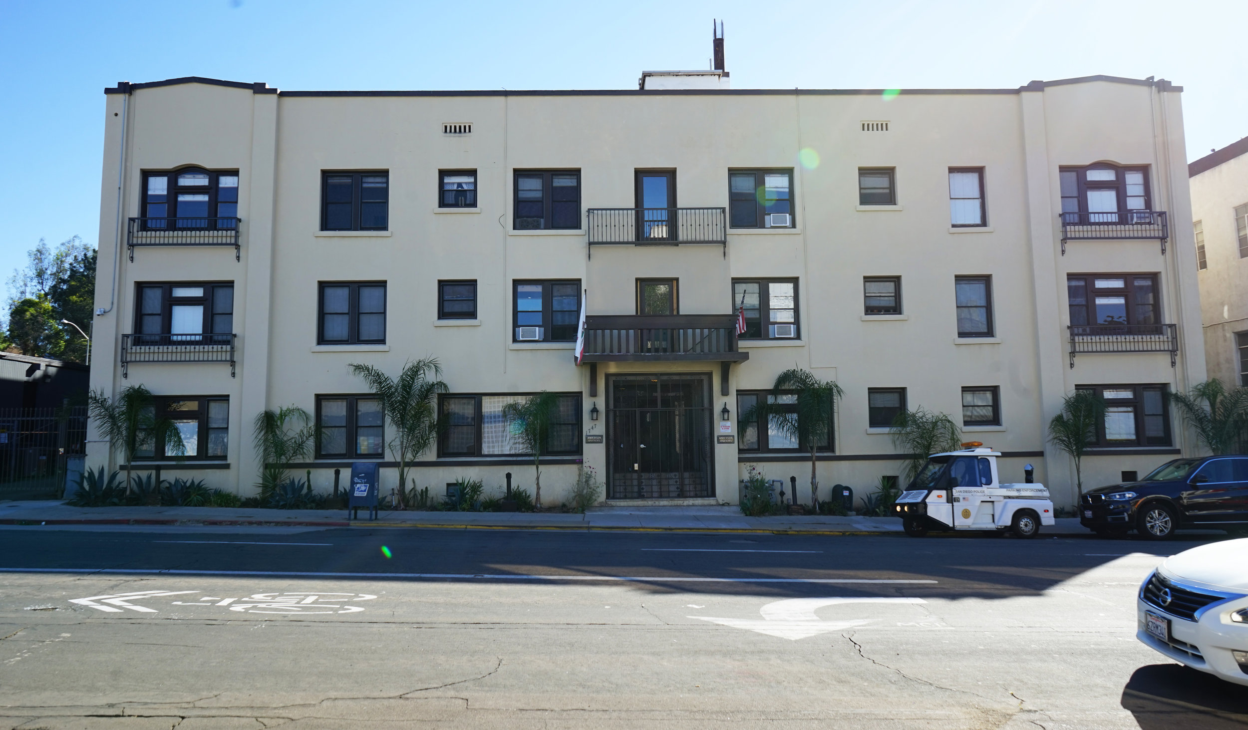 1747 5th Avenue - Bankers Hill26 Units$5,000,000
