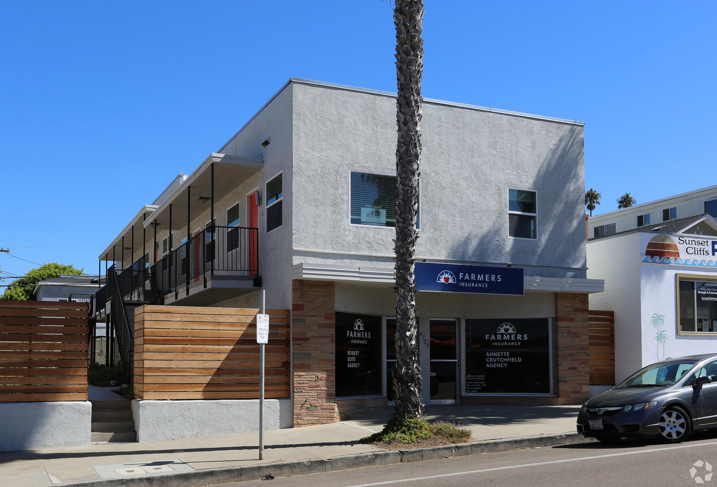 4724 Point Loma Avenue - Ocean Beach7 Units$1,650,000