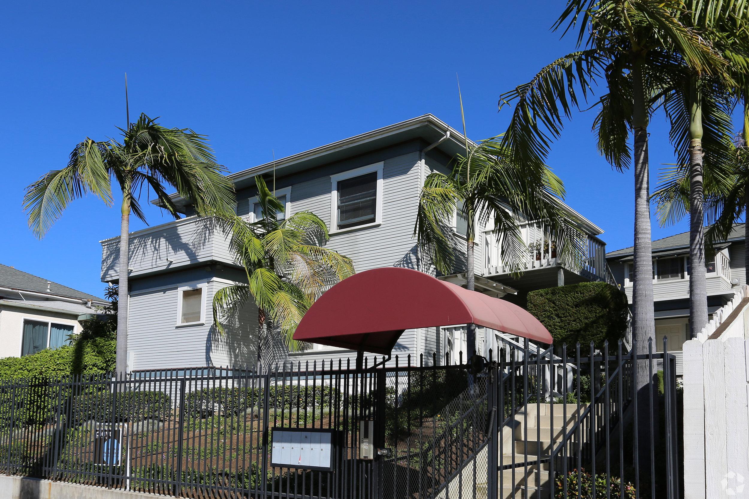 1027 21st street - Golden Hill5 Units$930,000