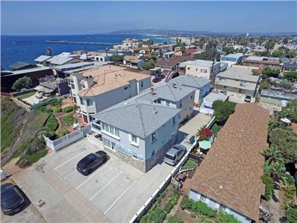 5030 Santa Cruz Avenue - Ocean Beach6 Units$2,600,000