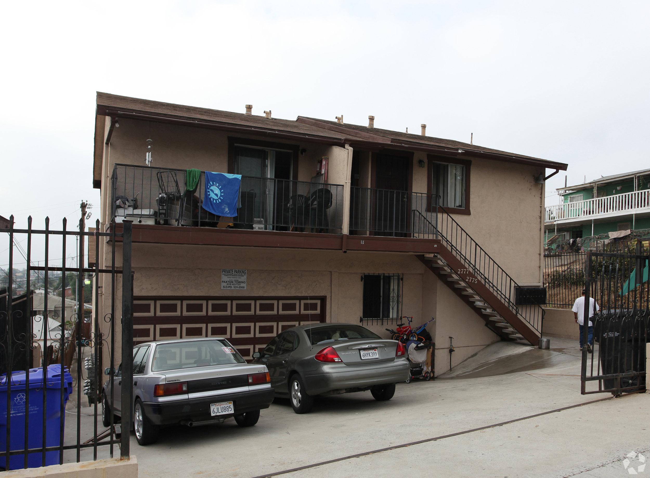 2775 Market Street - Grant Hill5 Units$1,100,000