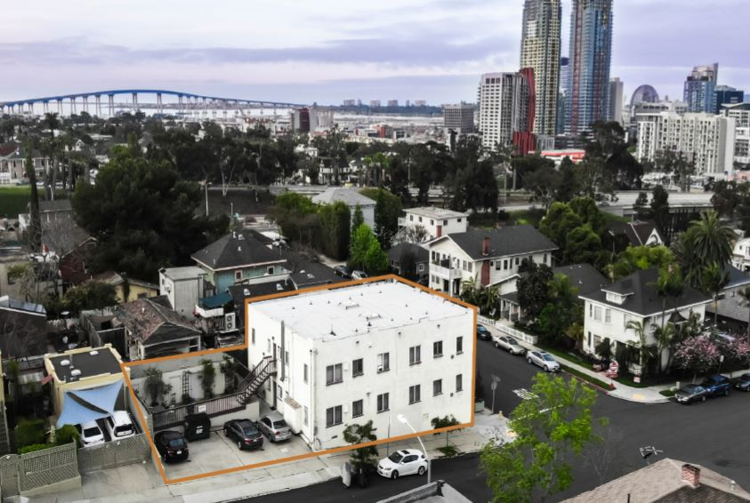 865 21ST Street - Golden Hill8 Units$2,200,000