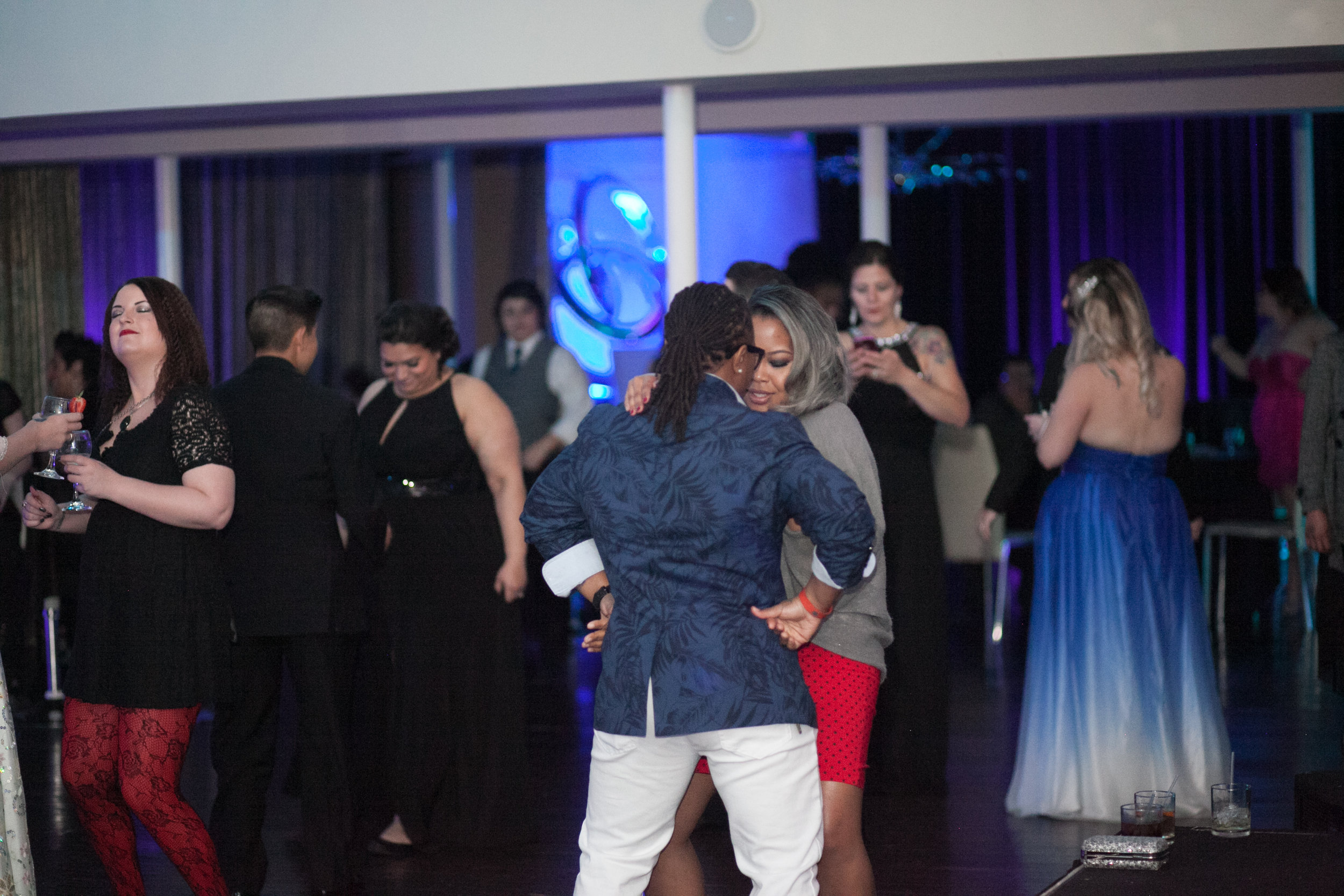Lez Prom 2016-333.jpg