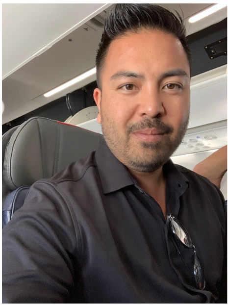 … submitted by this customer, who still looks sharp on the flight home.
