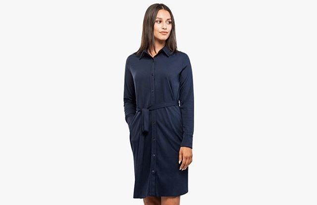 Just Landed: Apollo Shirt Dress Apollo Shirt Dress presents a totally new women's style that builds on the Apollo key features: 19x more breathable than cotton, 3D collar design, and 4-way stretch. We've also built in architectural seams, convenient full-hand pockets, and a sash belt to tie the whole thing together. It's one small step for your wardrobe, and one giant leap for womenswear. . . . . #Apollo #shirtdress #womenswear #advancedmaterials #scientificallybetter #phasechangematerials #ministryofsupply