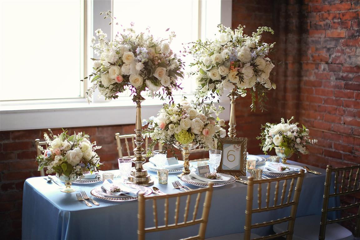 Wedding Planner Magazine // Aquamarine Blue Wedding Inspiration