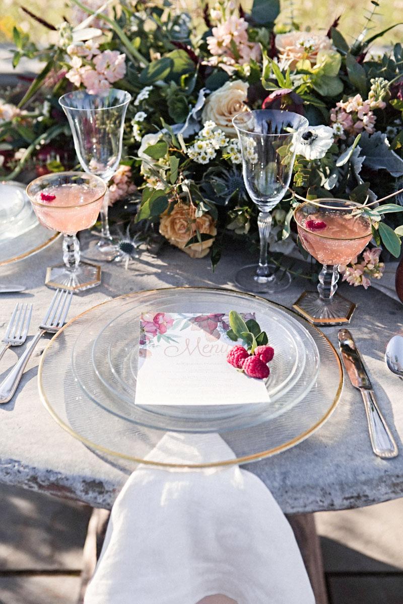 Wedding Chicks // Sweeter than Sweet Peach Sorbet Elopement Ideas