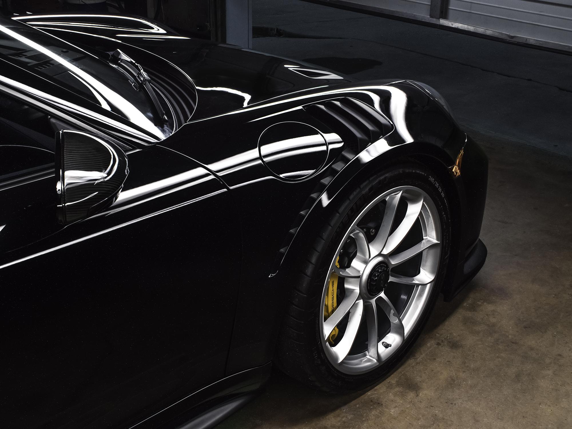 Porsche GT3 RS -Front-2000px.jpg