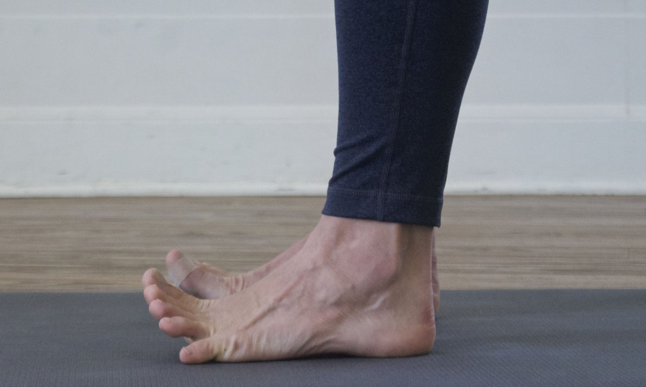 - Lifting the toes can offer awareness to the forefoot and knuckles so you can better discern how you are bearing weight across the sole of the foot.