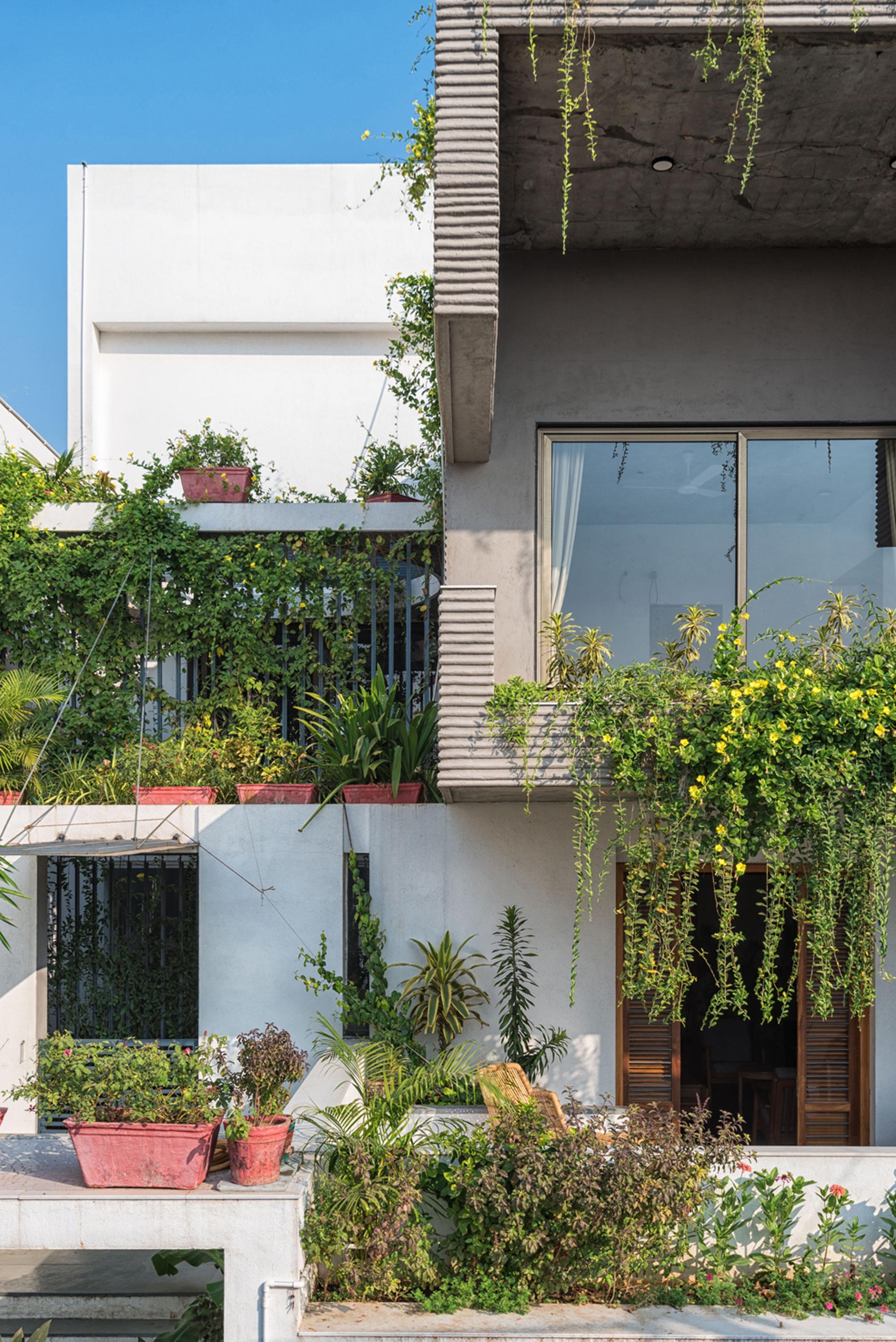Exterior_facade.jpg