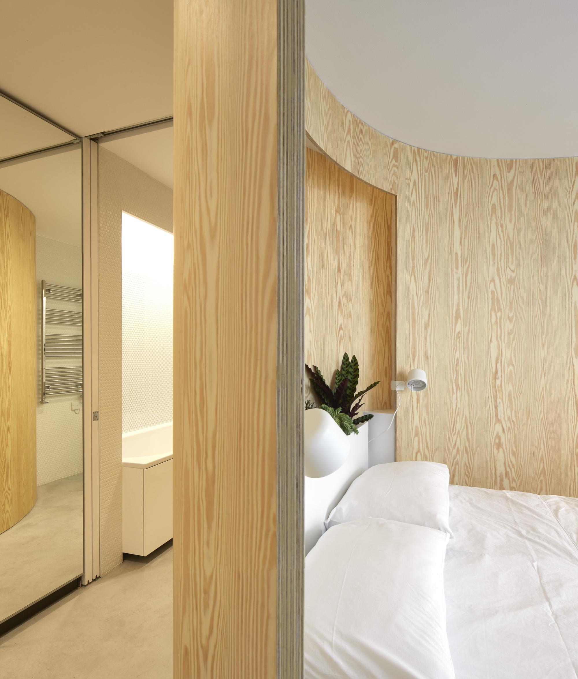 Tonkin_Liu_Sun_Rain_Room_©_Edmund_Sumner_(7).jpg