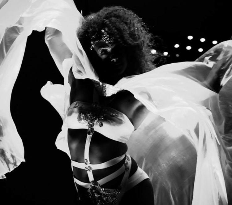 cirque-image-3.jpg