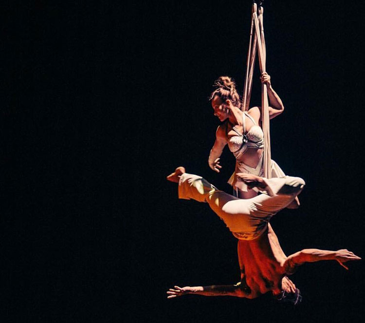 cirque-image-7.jpg