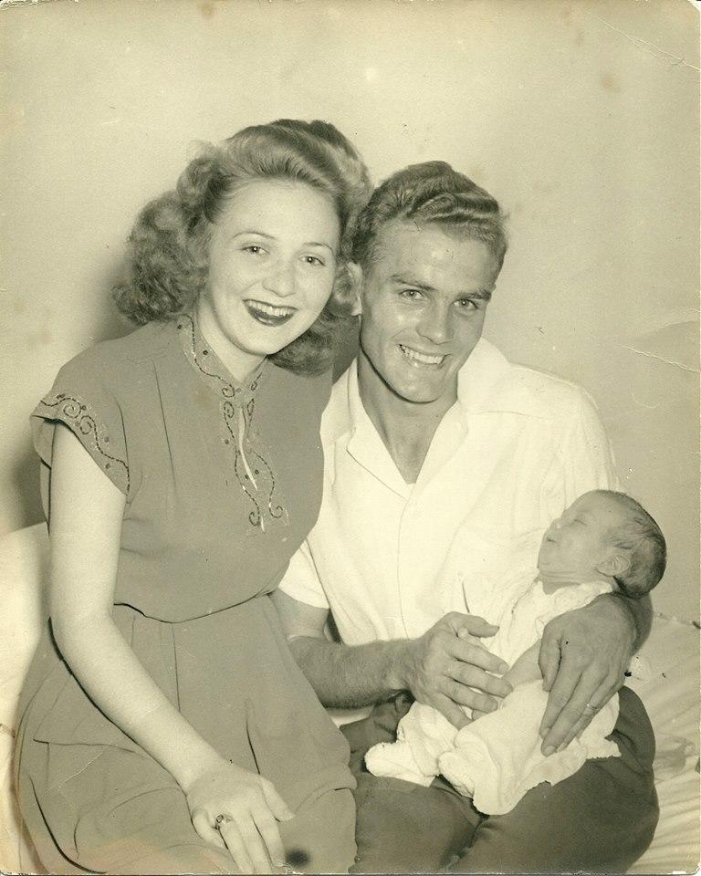 Baby Gilda with her parents.