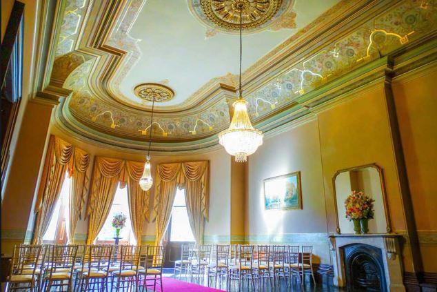 ball room ceiling.JPG