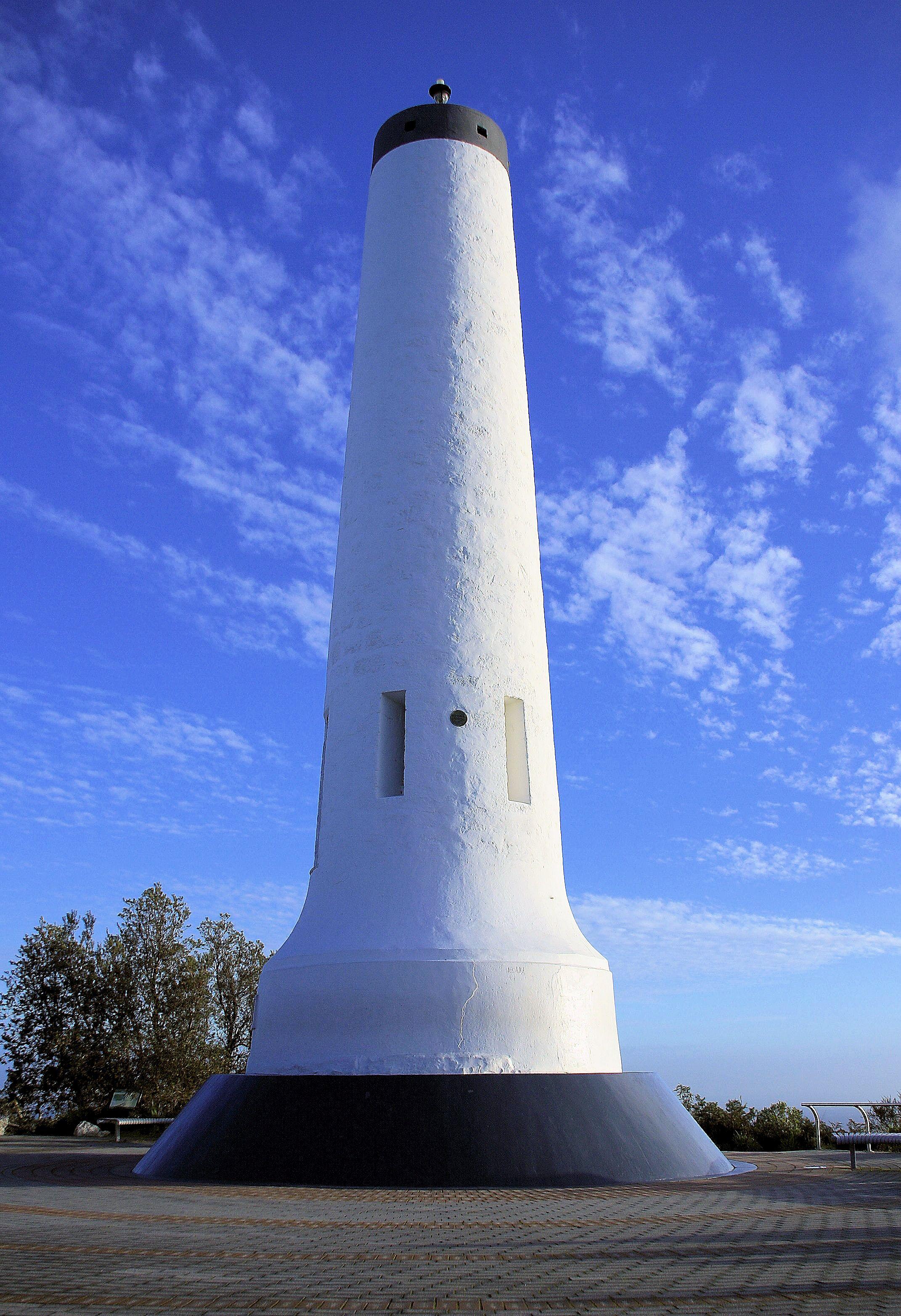 Obelisk1a.jpg