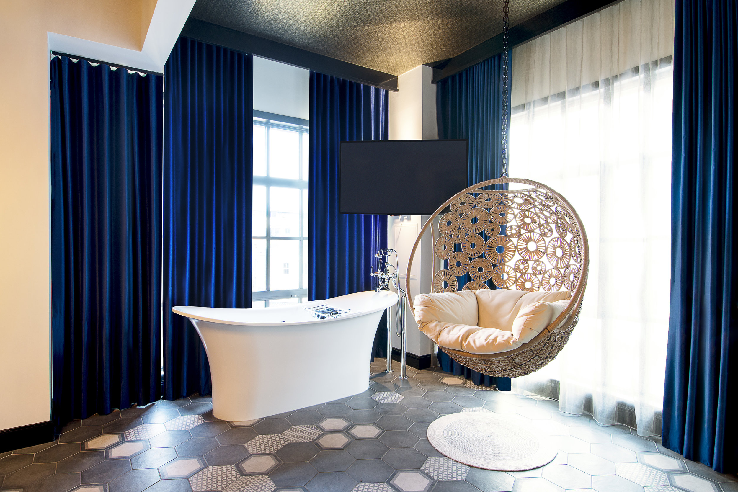 The Curtain Hotel - Rooms -