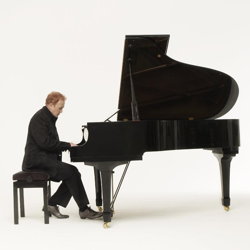 Piano Shot 1-006298 - 800x800px.jpg