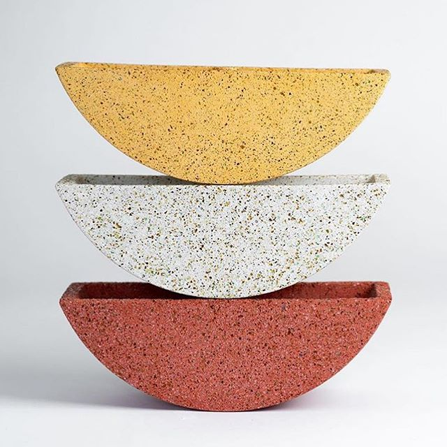 These Terrazzo Totter Planters by Pretti.Cool are pretty freakin cool so we're bringing them all the way from Texas to Rose City! . . . . . . 📷 via @pretti.cool . #decor #concreteart #planters #notyourgrandmasplanters #homegoods #houseware #yyz #lifestyleboutique #dundaswest #duwest #rosecitygoods #rosecitypretty