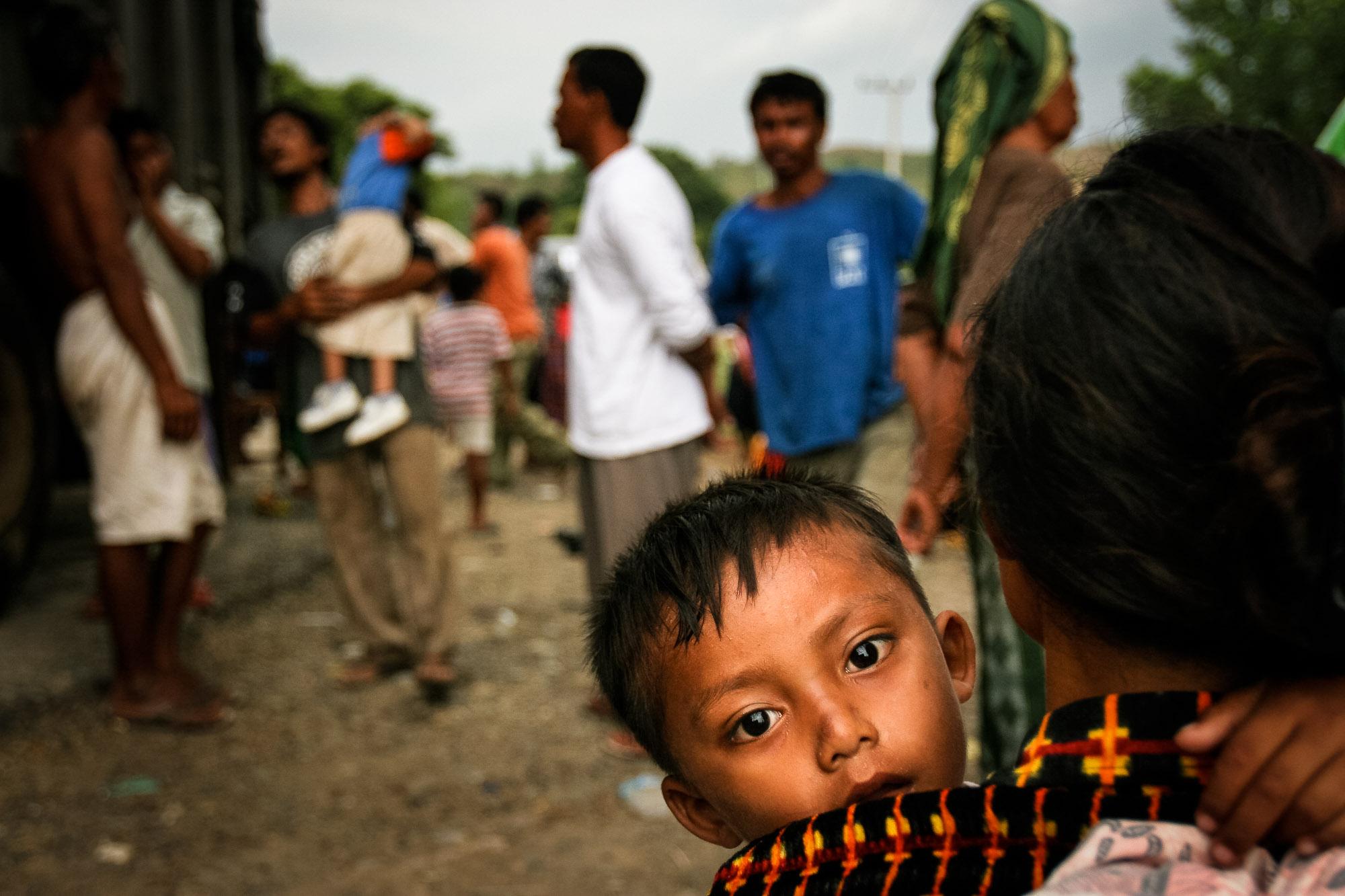 UN, IOM, UNHCR - DISASTER RELIEF(GRAPHIC CONTENT)