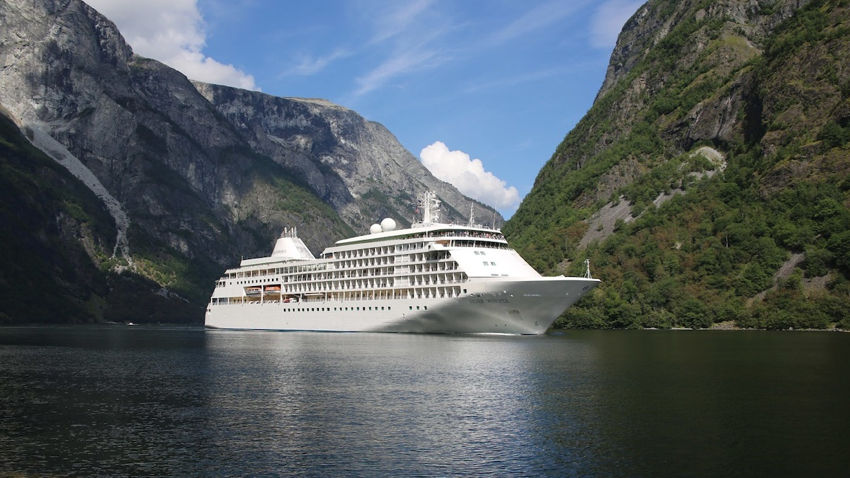 Silversea Seven Continents World Cruise 2020 - Pushing the boundaries of ultra-luxury cruising, Silversea's World Cruise 2020 will incorporate many 'soft expedition' features, including an extraordinary 3-day Antarctic experience.This spectacular itinerary visits all SEVEN continents, including Antarctica.
