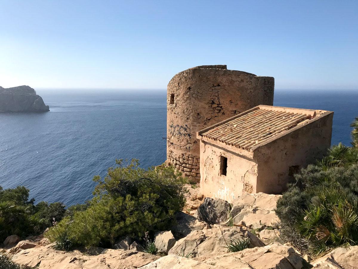 Wehrturm bei Sant Elm