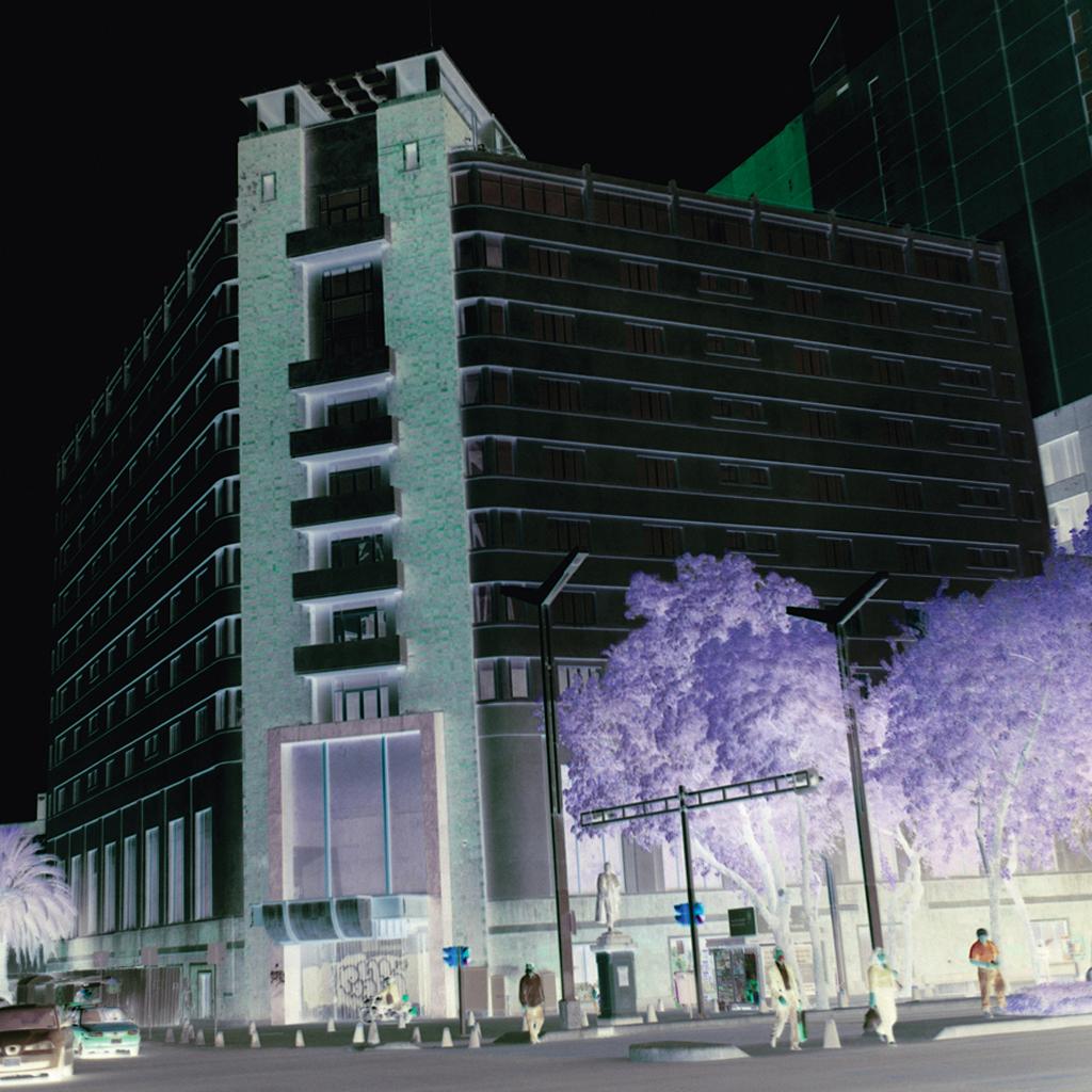 Edificio de Hotel Reforma por Arq. Mario Pani 1936 de la Serie Modernas  Invertidas,  2013
