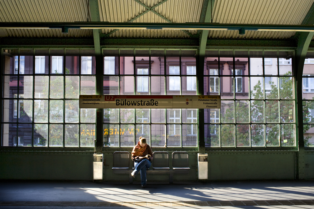 E2009-10_06_Estacion de BulowstraBe. Berlín, 2008 66X100 .jpg