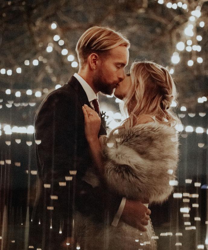 Moody patio wedding - Ivory and Oak Photography