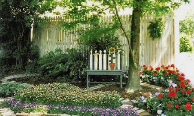 garden2-sm.jpg