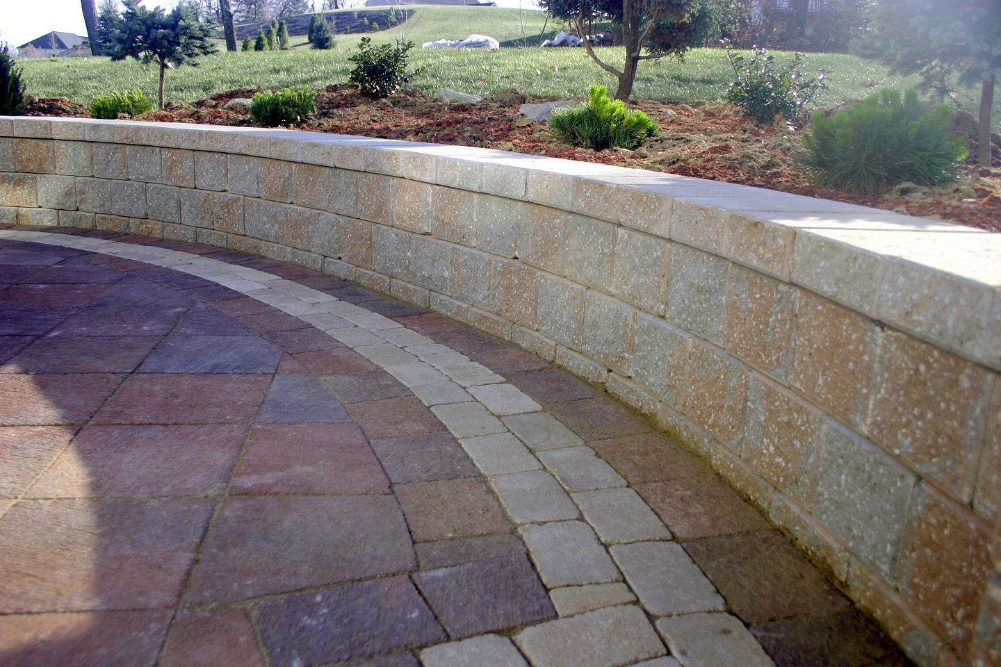 Walkway pavers and durable retaining wall in Belmont, MA