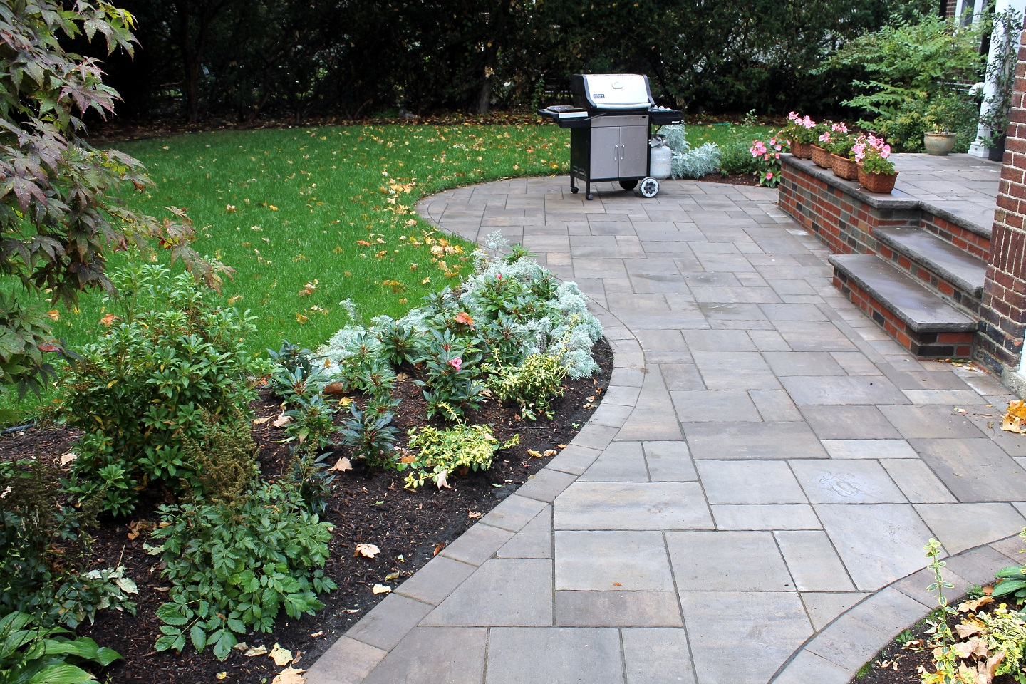 Bluestone patio and walkway pavers in Lexington, MA