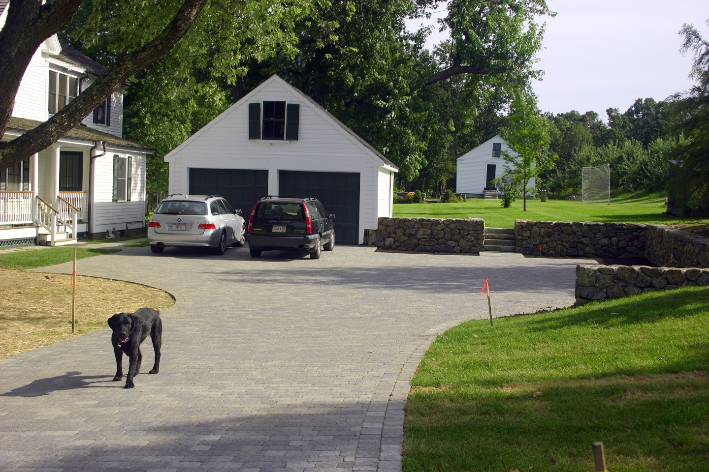 Stunning landscape design with driveway pavers in Belmont, MA