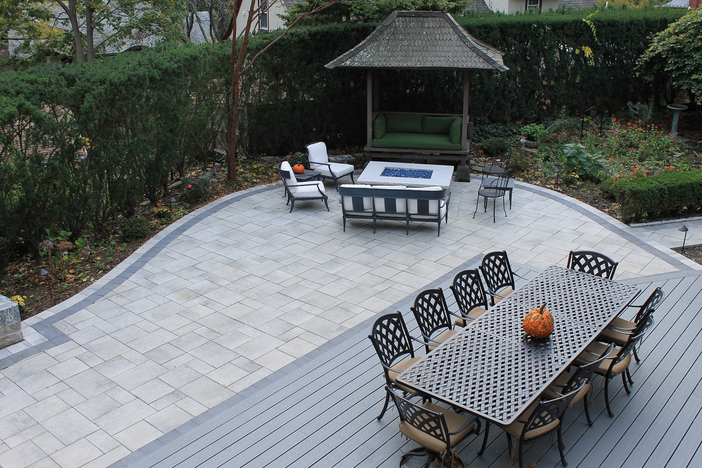 Bluestone patio with top quality patio pavers in Belmont, MA