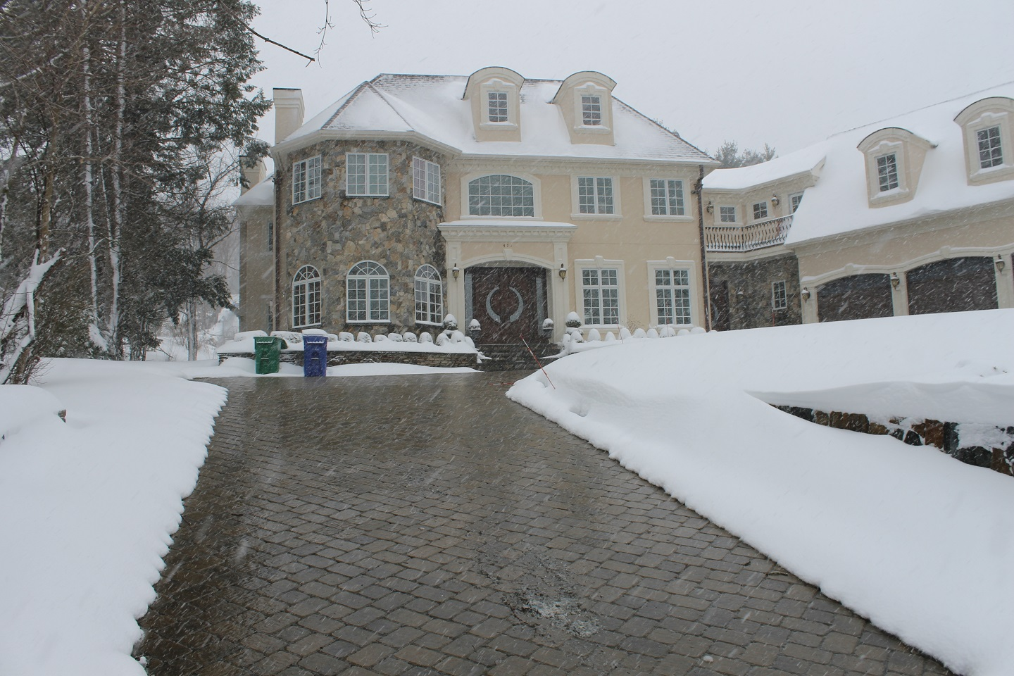 Snowmelt systems with top quality permeable pavers in Cambridge, MA