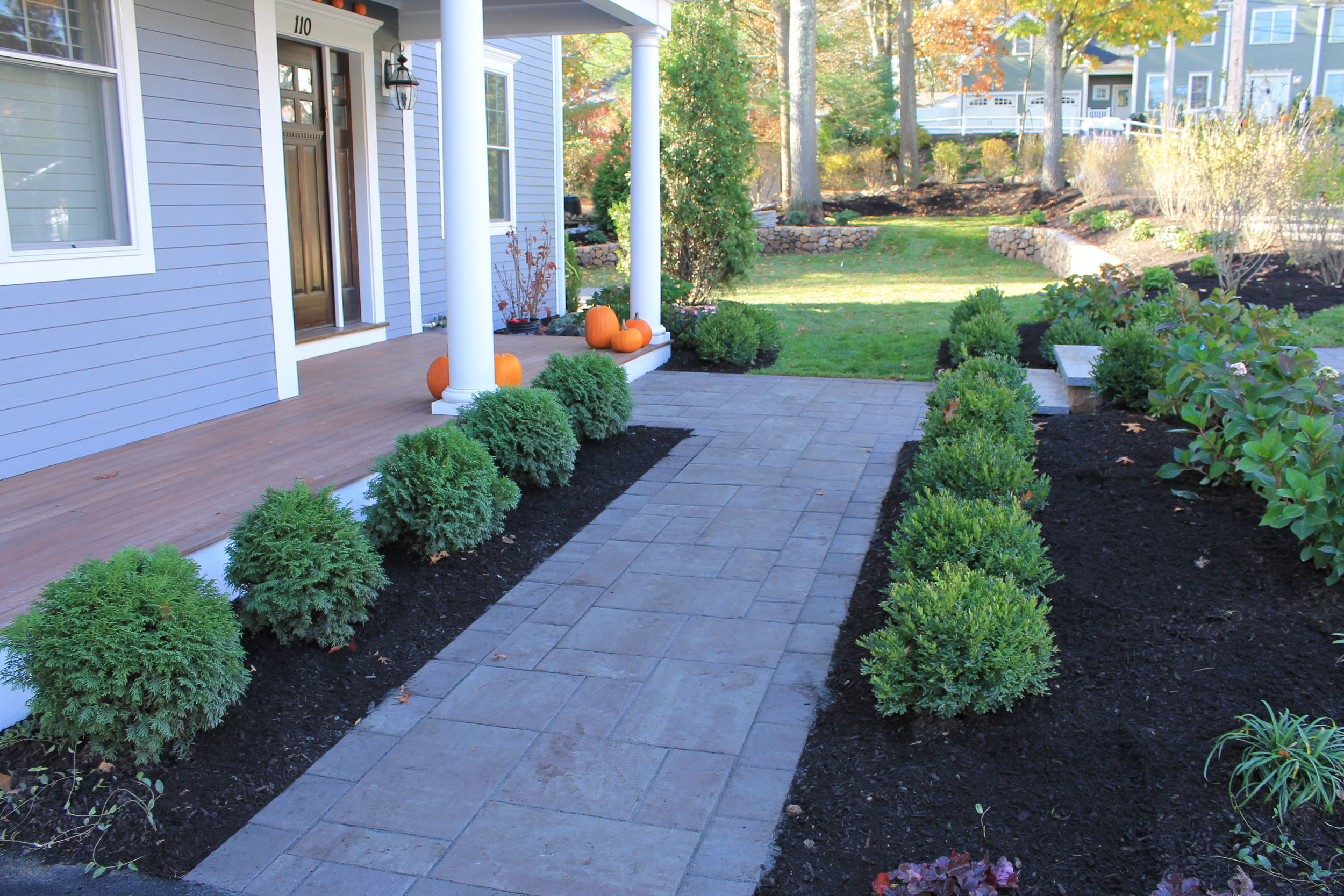 How a Bluestone Patio Would Improve Your Brookline, MA, Landscape