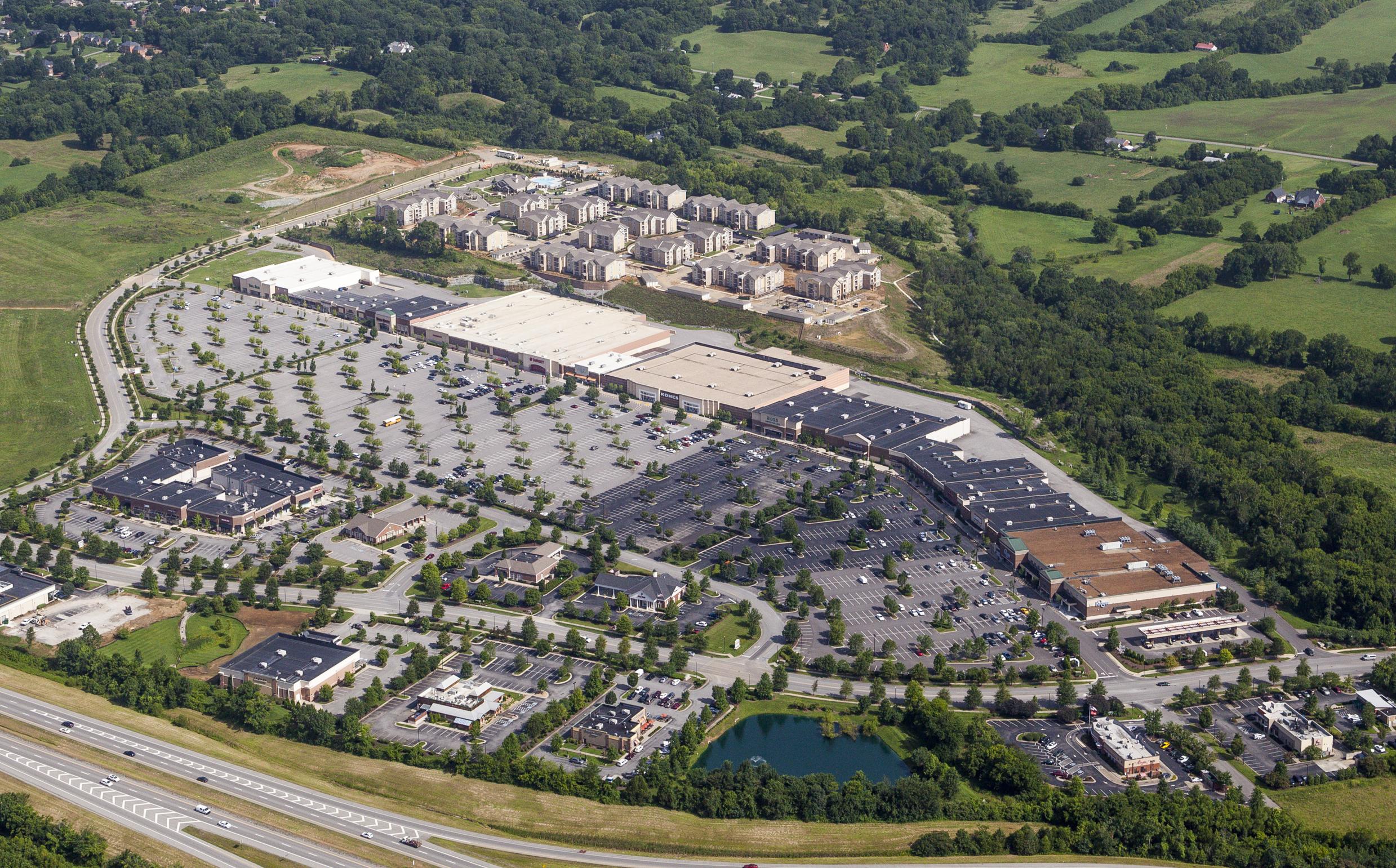07.09.15-Glenbrook-Shopping-Center-Aerials-cropped-1.jpg
