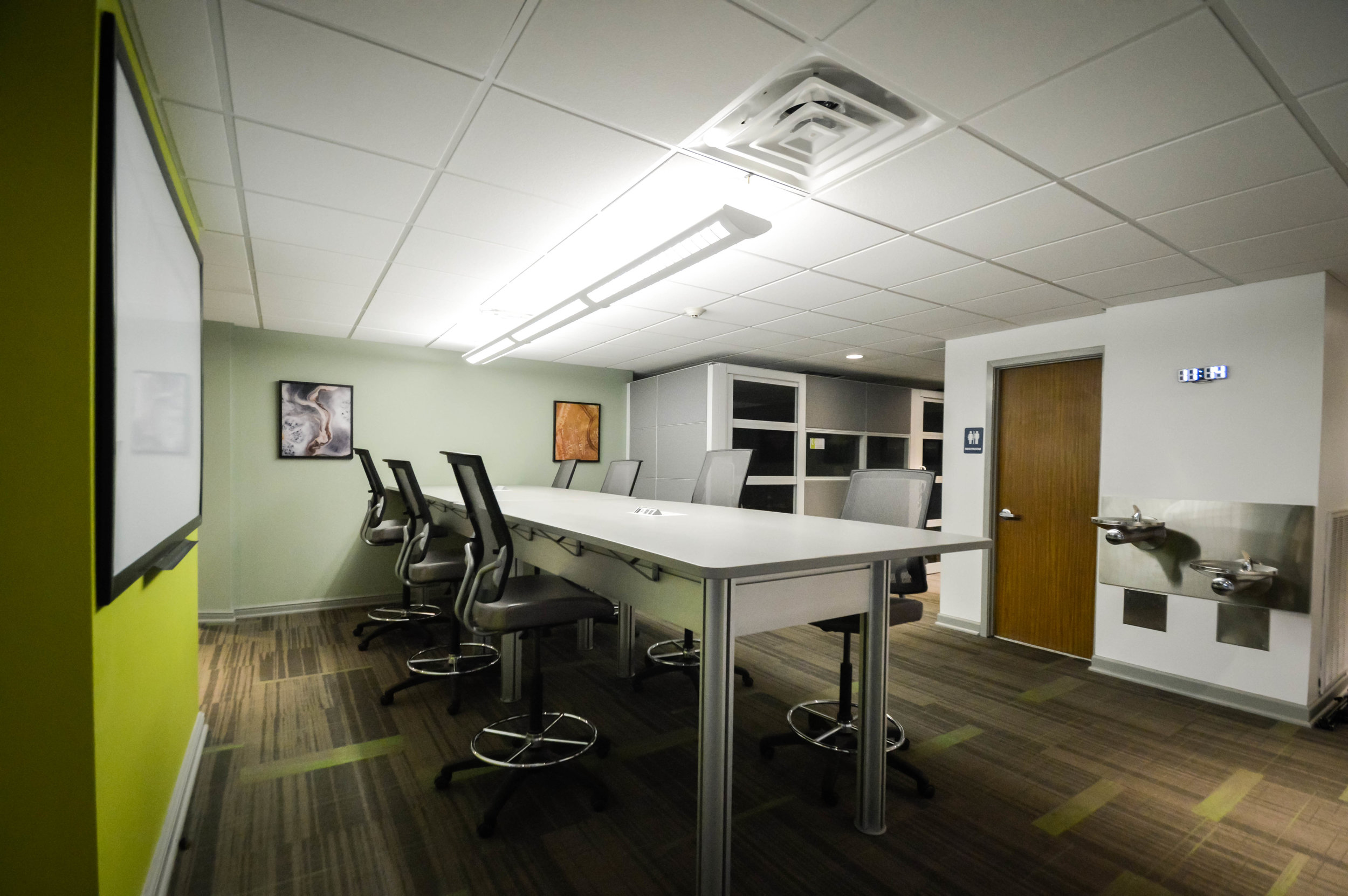 Center 615 Open Work Area