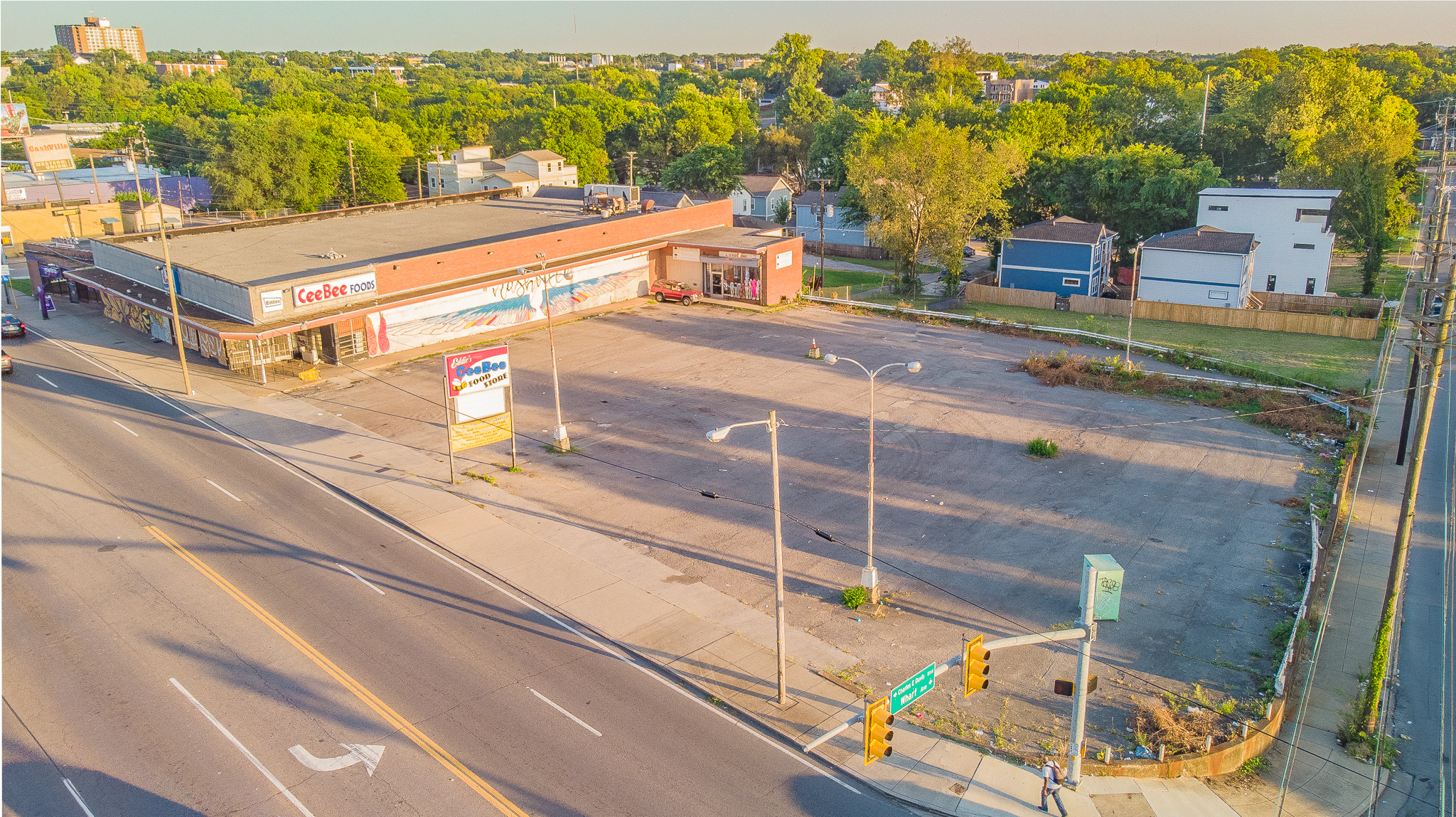105 lafayette street - NapierRetail, Flex13,424 sf on .71 acresWide open floor plan with tall ceilings and a loading dock. ~60 surface parking spots and strong interstate access through the downtown loop.