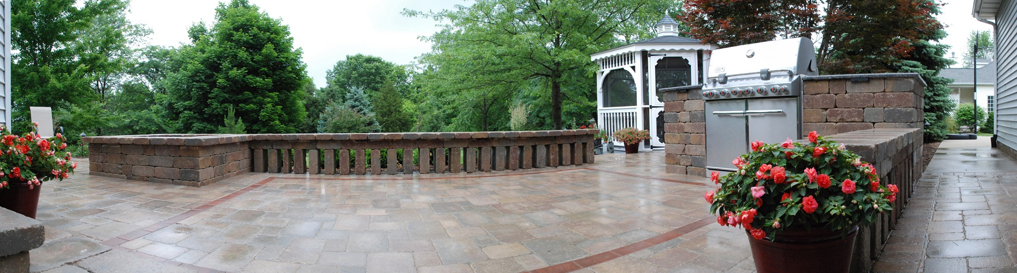 Stunning patio with top quality patio pavers in central Illinois