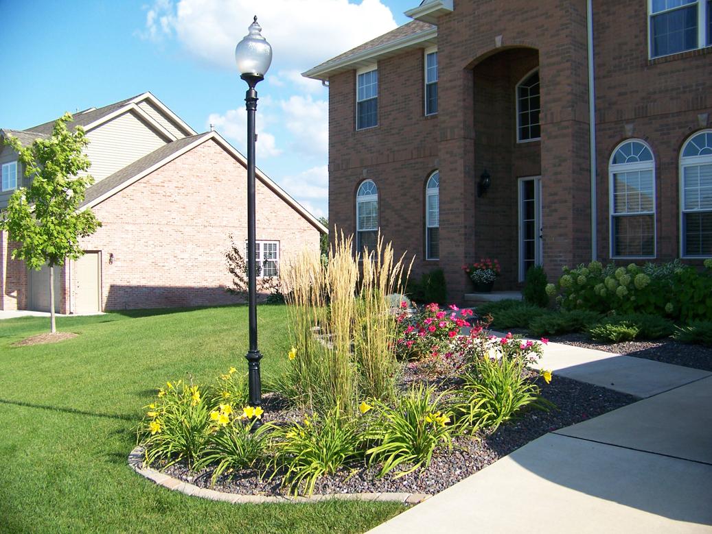Landscape design in central Illinois