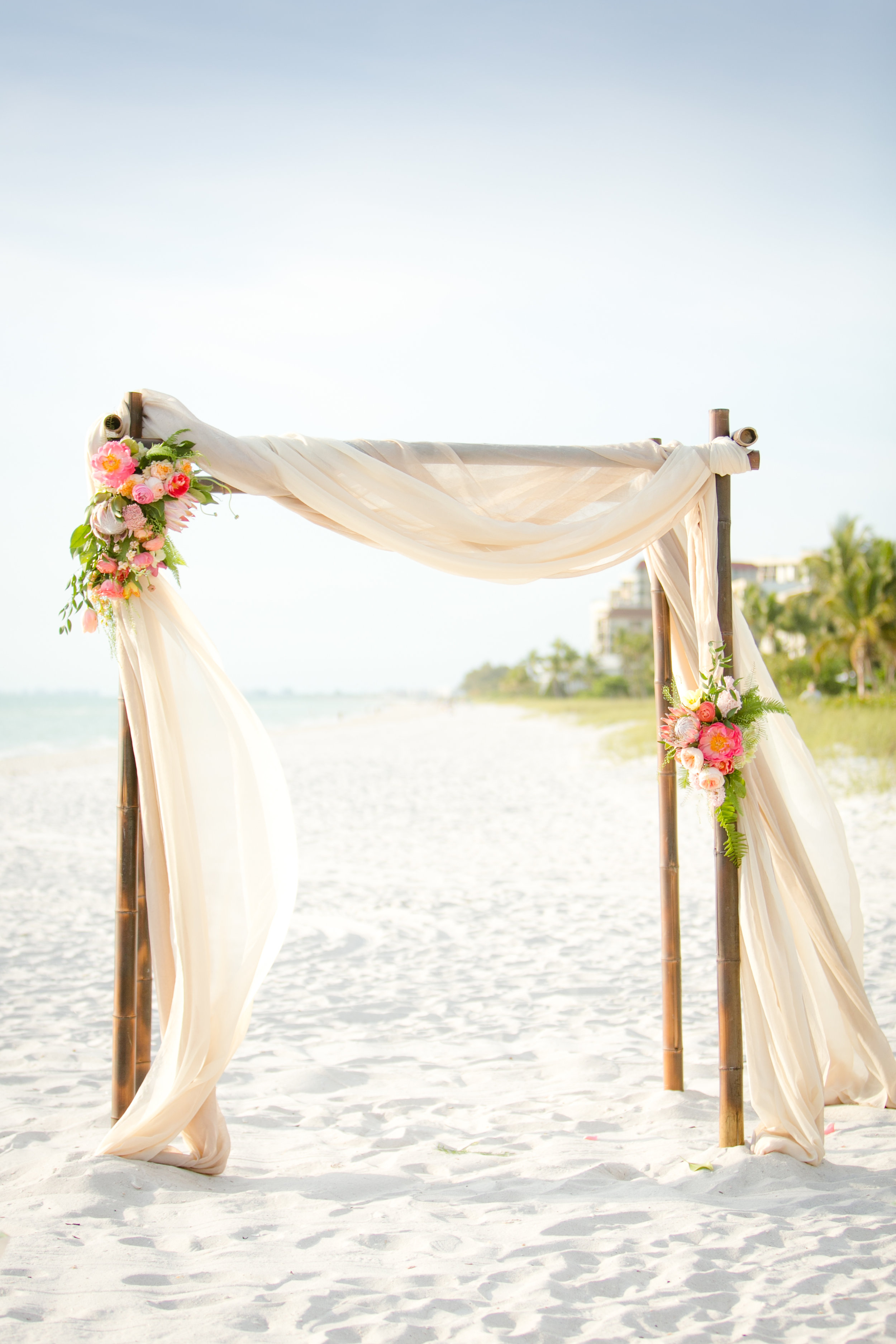 Jet Set Wed :: The Sweetest Tropical Nuptials at Laplaya Beach and Golf Resort