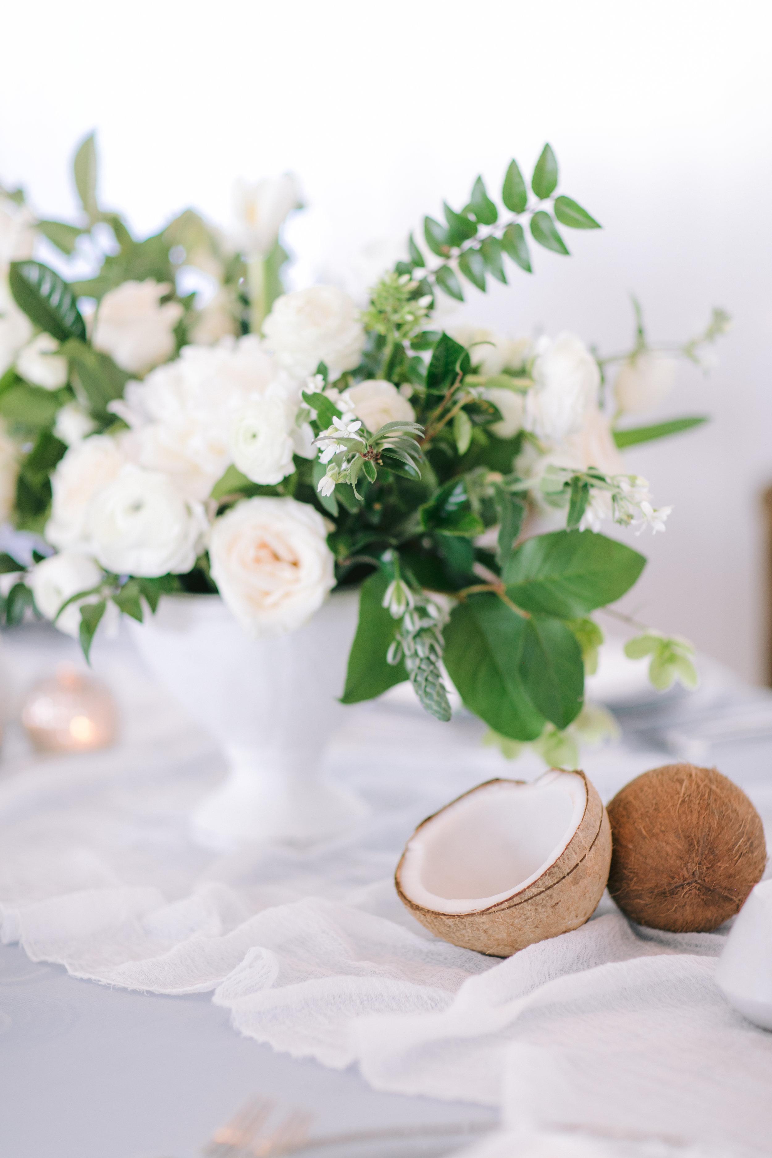 Gasparilla Inn Wedding Jet Set Wed coconut white centerpiece-1471.jpg