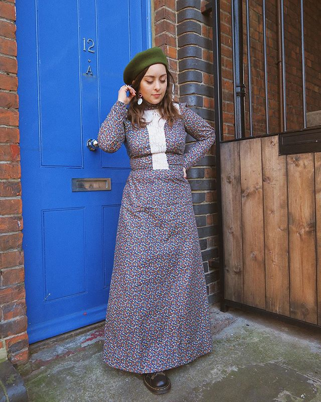 Trying to get a picture out everyday... 11:40pm is still part of that bracket, innit? 😬 . . . #fblogger #fbloggersuk #styleblogger #fashioninspo #styleinspo #styleinspiration #vintage #vintagestyle #vintageclothing #70sfashion #70s #70sstyle #oootd #ootd #wiwt #discoverunder1k #alwaysplaydressup #thrifted #thrifting #thriftstorefinds #ethicalfashion #sustainablefashion #60s #60sfashion #petitefashion