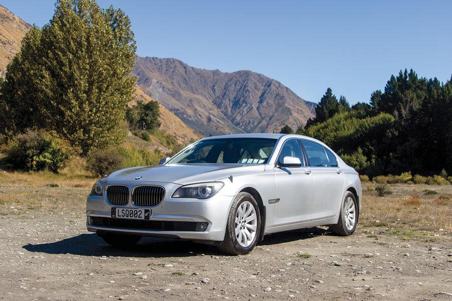 Limousines_Services_Queenstown_BMW.jpg