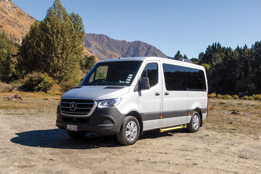 Limousines_Services_Queenstown_Sprinter.jpg
